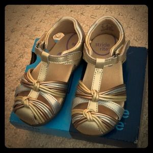 New! Stride rite dana fisherman sandals